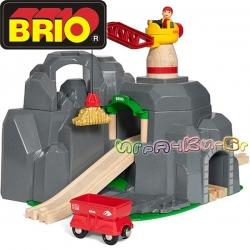 Brio Играчка дърво кран с тунел 33889