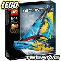 2018 Lego Technic Състезателна яхта 42074