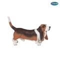 Фигурка куче basset hound Papo 54012